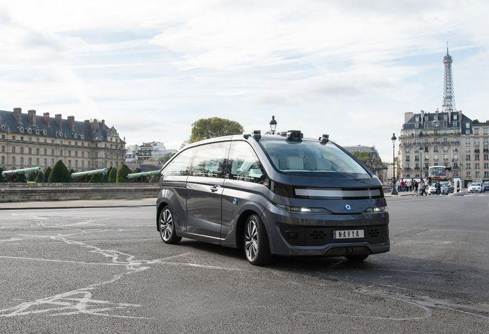 Navya a obtenu l'autorisation de mener des expérimentations de l'Autonom Cab dans Paris.