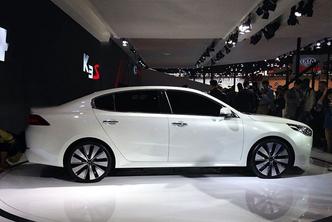 Pékin 2014 : Kia lance la K4 concept