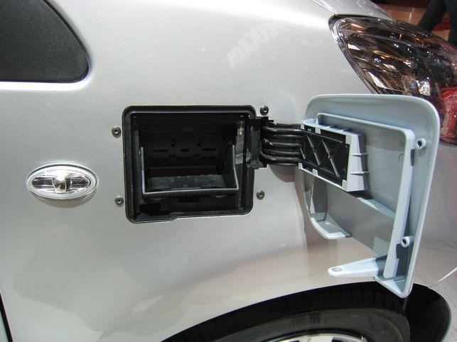 Stand Peugeot : les 106 et 107 Electric