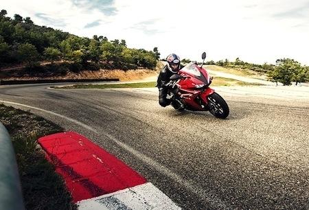 Nouveauté 2016: voici la nouvelle Honda CBR500R
