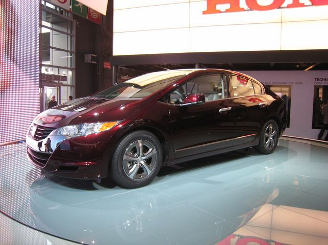 La Honda FCX Clarity à l'hydrogène