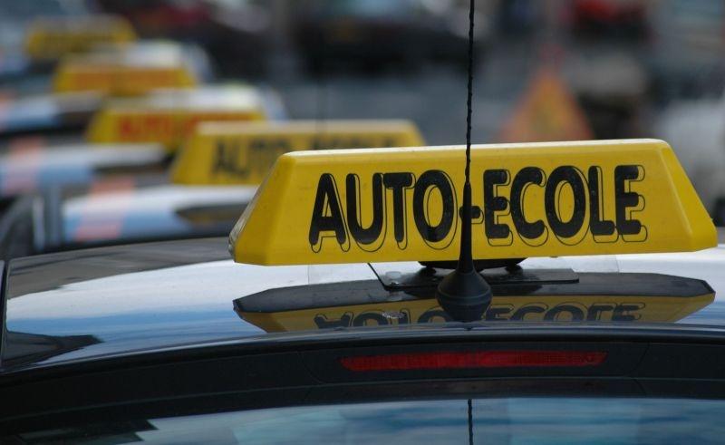 Permis De Conduire Faut Il Se Laisser Tenter Par Les Auto Ecoles En