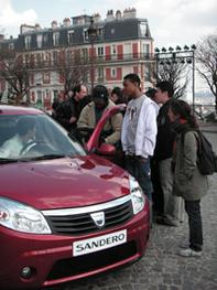 Micro trottoirs : Dacia Sandero : la star 2008, c'est elle !