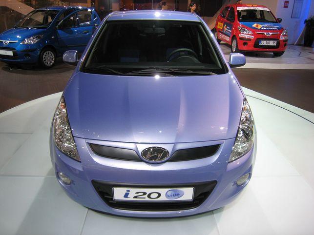 La Hyundai i20 blue ? 99 g CO2/100 km