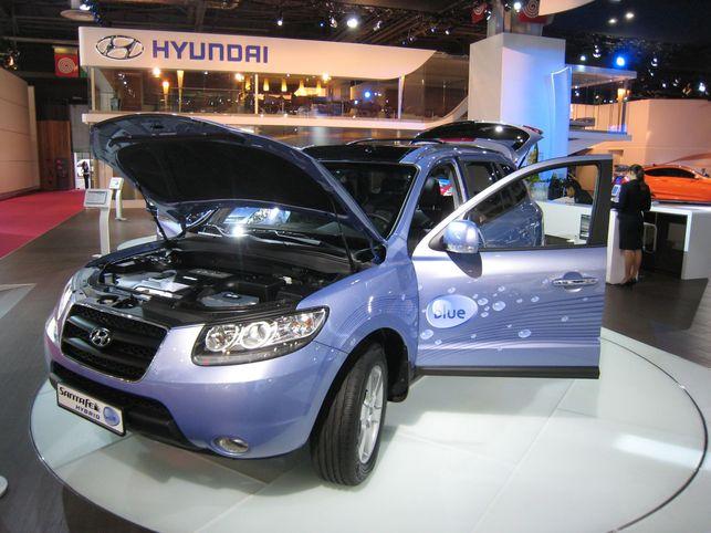 Gros plan sur le Concept Hyundai Santa Fe hybride