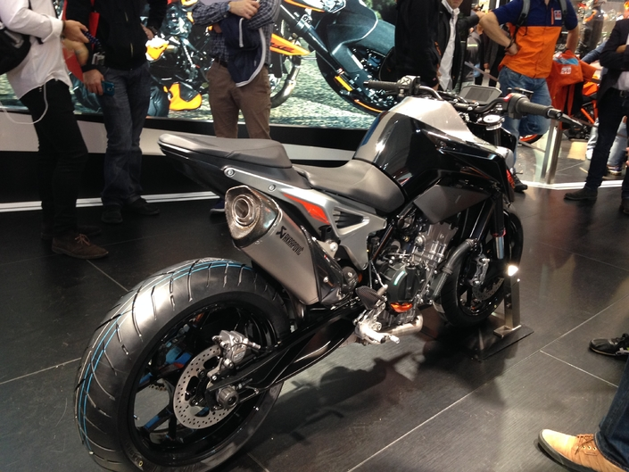 Salon de Milan 2017 en direct : KTM 790 Duke