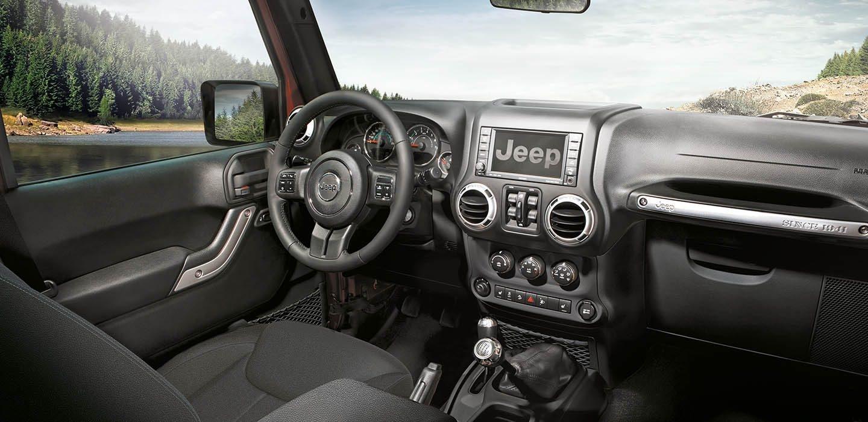 jeep montre l 39 int rieur du nouveau wrangler. Black Bedroom Furniture Sets. Home Design Ideas