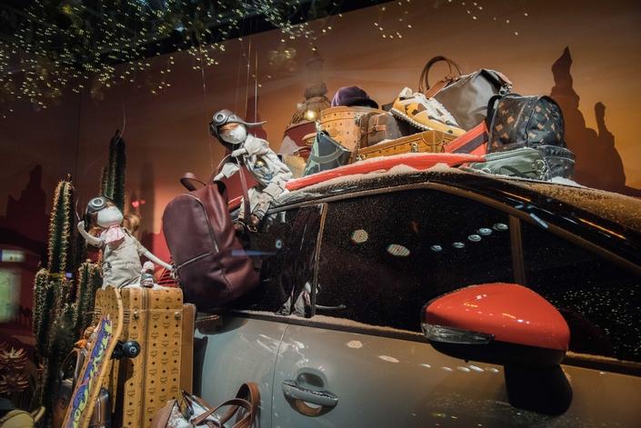 Citroën fait de la pub dans les vitrines de Noël
