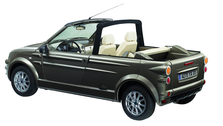 gtf innovations la petite voiture qui roule sous les toiles 100 lavable l 39 eau. Black Bedroom Furniture Sets. Home Design Ideas
