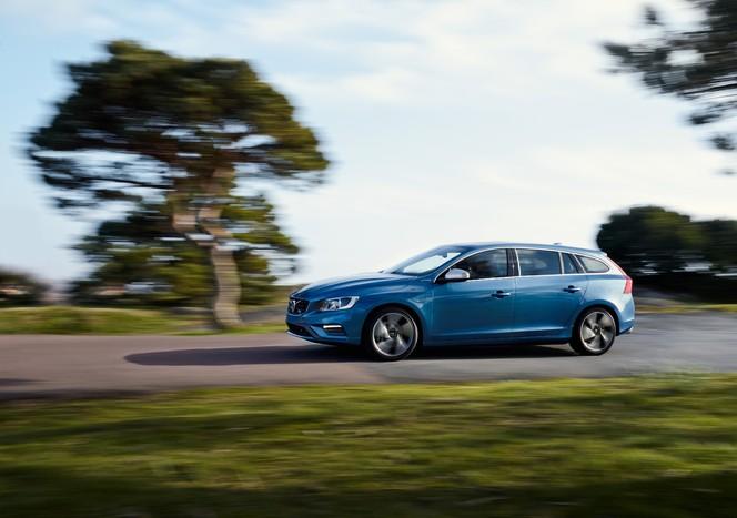 La Volvo V60 Plug-In Hybrid passe la robe R-Design