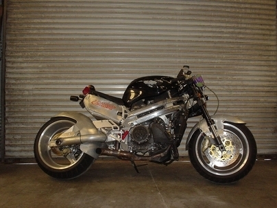 MotoMorphic : surprenante grosse machine ...
