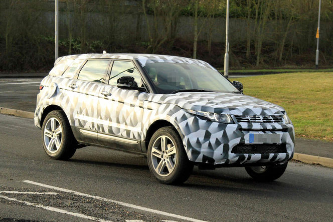 Surprise : le futur Land Rover Freelander, un gros Evoque