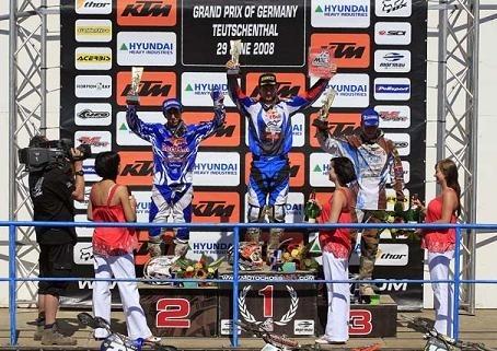 Rattray reprend la tête du championnat en MX 2