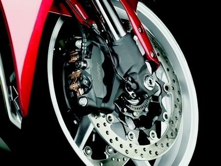 Nouveauté Honda 2010 : La VFR 1200F, sa fiche technique et 104 photos HD !!