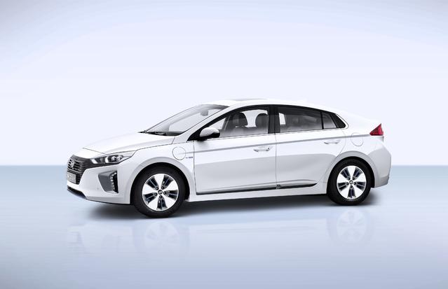 Hyundai commercialise l'Ioniq hybride rechargeable