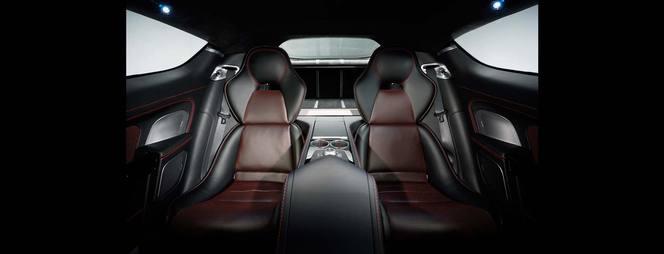 (J'aime de nuit) La nouvelle Aston Martin Rapide S