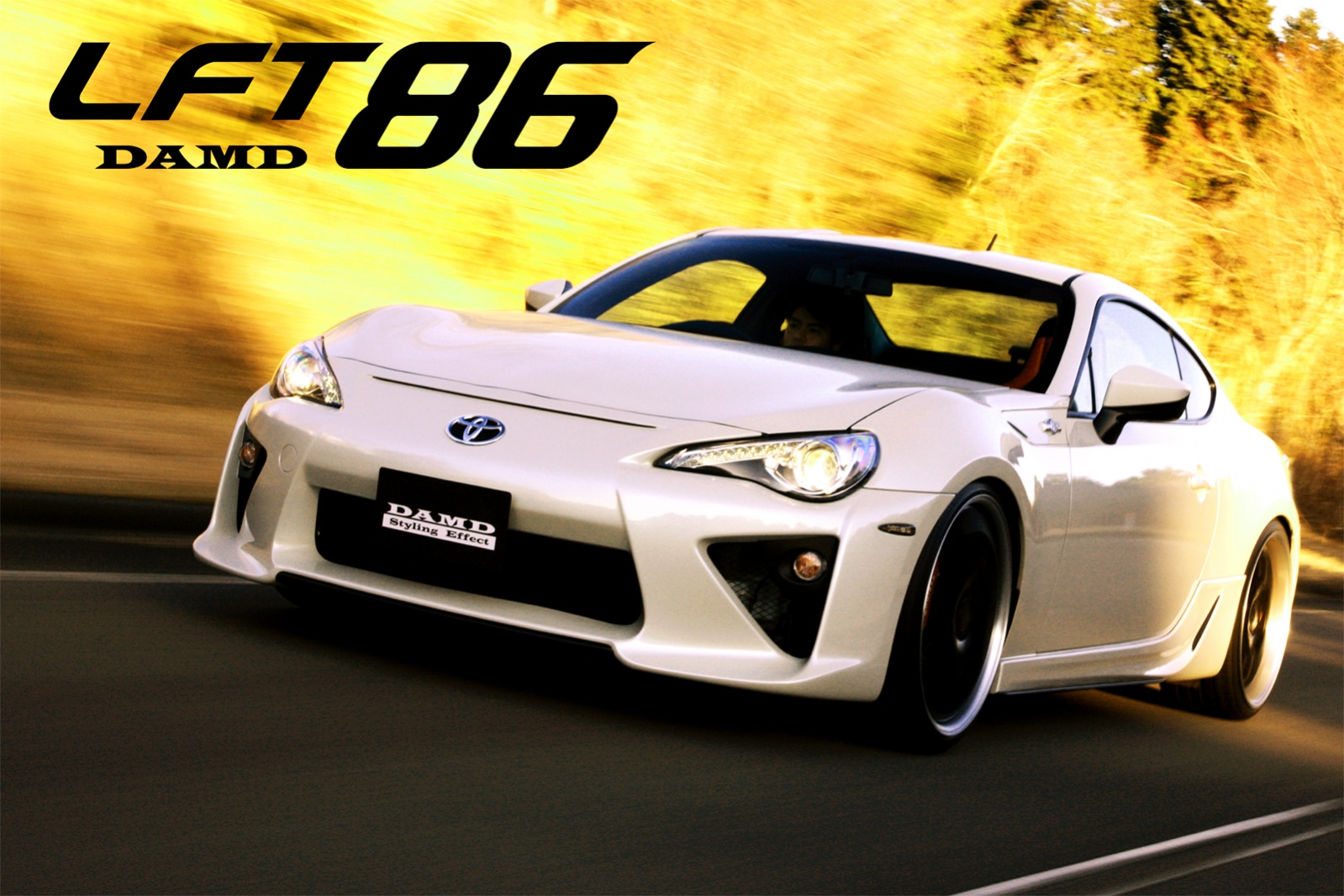 S0-Insolite-une-Toyota-GT86-qui-se-prend-pour-une-LFA-284017.jpg