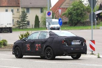 Scoop : un prototype de la Lynk & Co 03 se promène en Allemagne