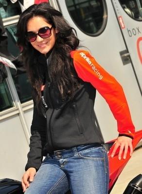 Nouveauté 2010 : la veste Aprilia Sweatshirt Stretch pour elle, pour lui.