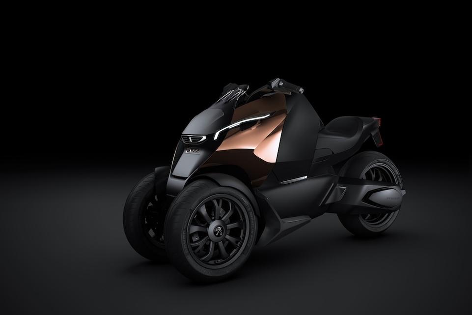 Peugeot Scooters : le concept Onyx présenté au Mondial de l'Automobile