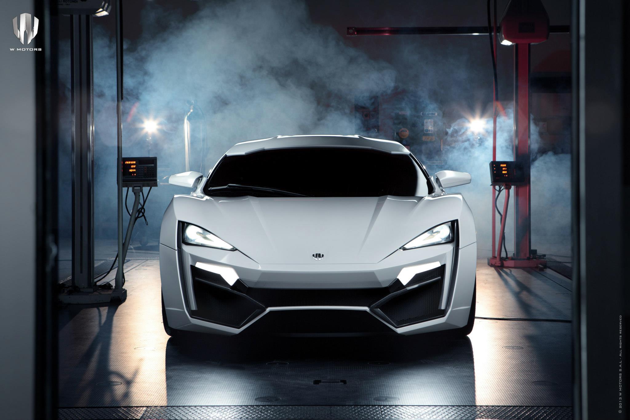 http://images.caradisiac.com/images/4/1/6/3/84163/S0-La-plus-chere-de-tous-les-temps-se-nomme-W-Motors-Lykan-Hypersport-284186.jpg