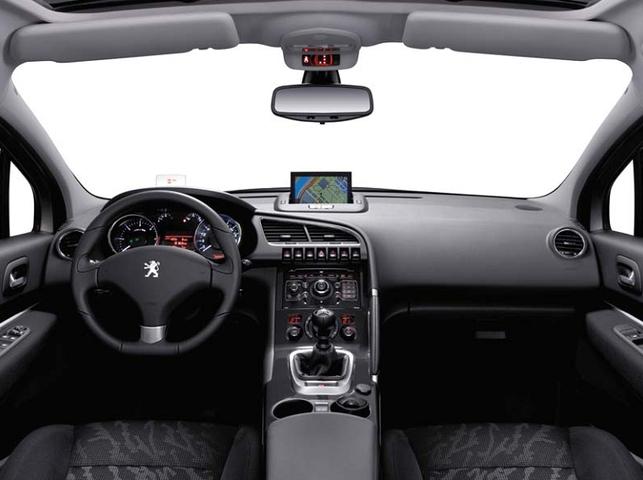Le crossover Peugeot 3008 en première mondiale
