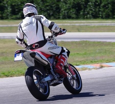 Essai Bridgestone BT-003 RS: avec félicitations du jury