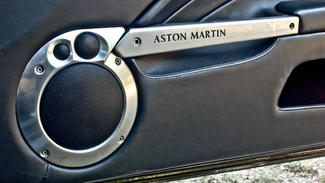Vidéo - La minute du propriétaire : Aston Martin Vanquish S - Les douze cylindres sont éternels
