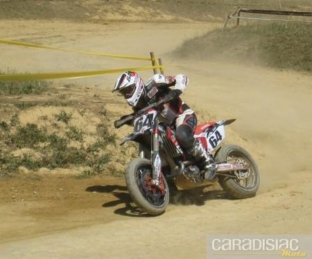 Championnat de France supermotard 2010 : Bidard n'a pas manqué son rendez-vous breton… 1/ 2/ 2.