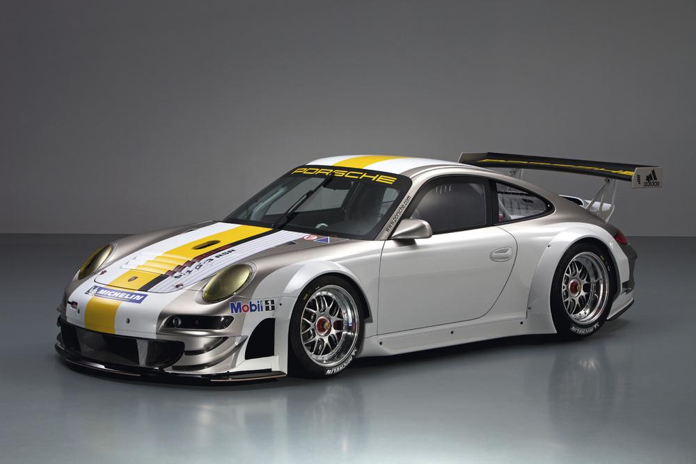 http://images.caradisiac.com/images/4/2/2/5/64225/S0-Porsche-presente-sa-nouvelle-911-GT3-RSR-207007.jpg