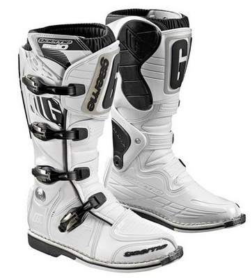 Protection et souplesse pour les bottes cross Gaerne SG 10.