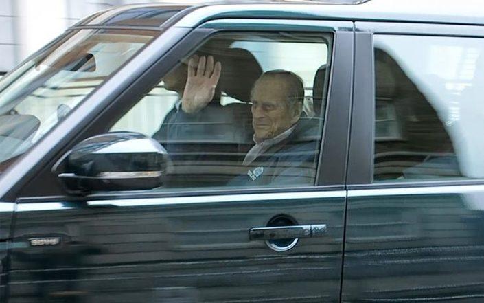 Le Prince Phillip renonce à conduire