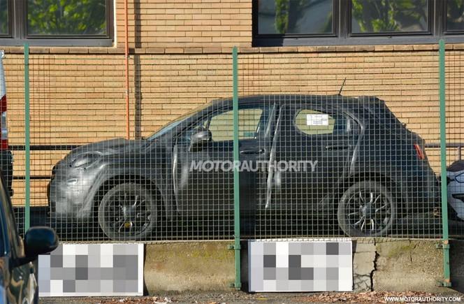 Surprise : la Fiat 500X continue sa mise au point