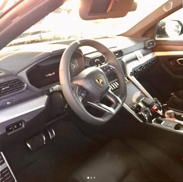 Surprise : voici l'intérieur du SUV Lamborghini