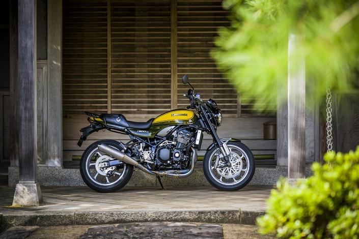 Préparation Z900RS: 3 horizons différents pour la Kawasaki