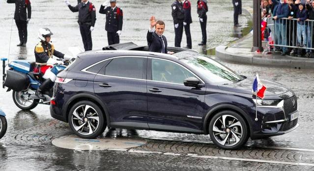 Passation de pouvoir: Emmanuel Macron a choisi leDS 7 Crossback pour parader