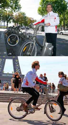 Le pilote de Formule 1 Jarno Trulli à Vélib' !