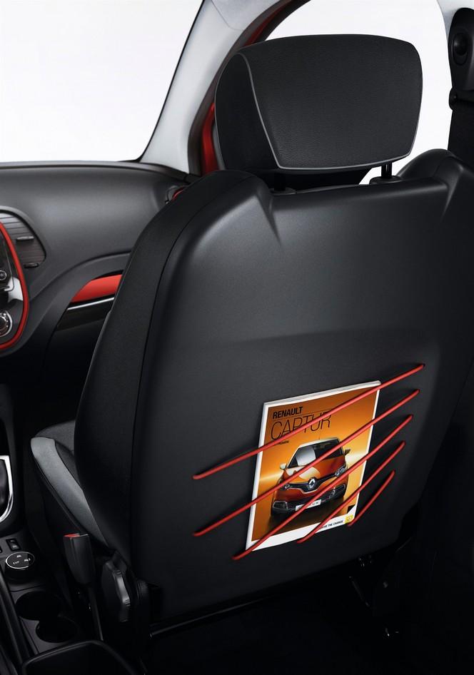 """Le Renault Captur adopte le système """"Extended Grip"""" sur la nouvelle série limitée Helly Hansen"""