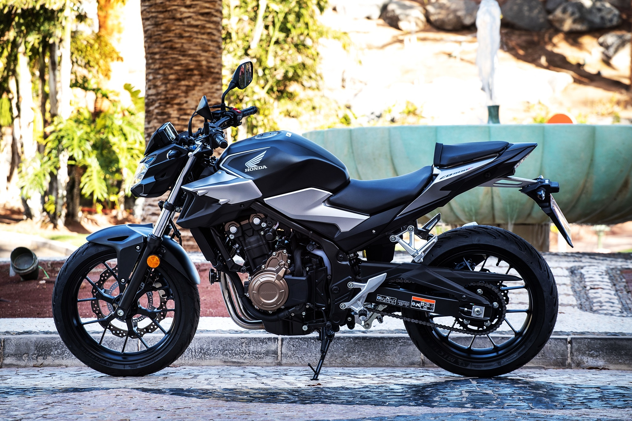 Essai Honda Cb500 F Le Streetfighter Pour Tous Et Toutes