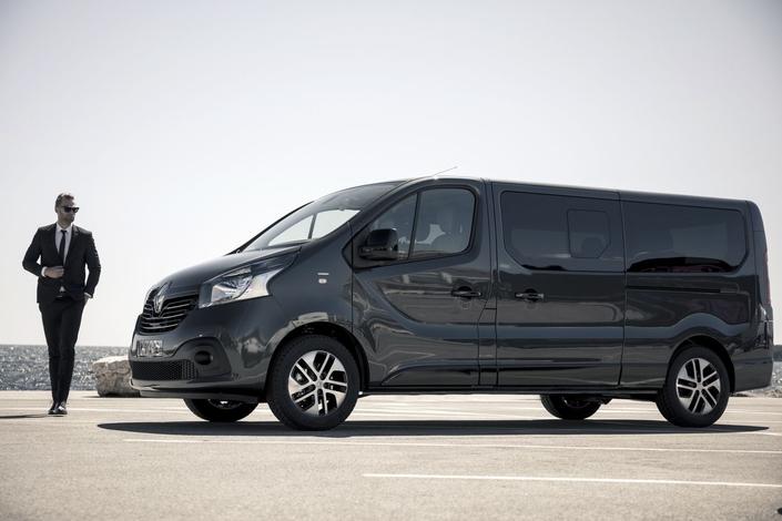 Renault Trafic SpaceClass: montéeen gamme sur la Croisette