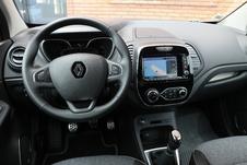 Comparatif vidéo : Renault Captur restylé vs Peugeot 2008 : la revanche ?
