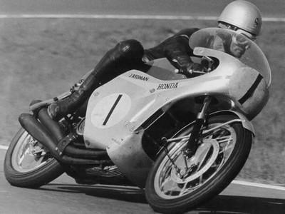 Dernière minute: Jim Redman sera présent à la Sunday Ride Classic ce week end...