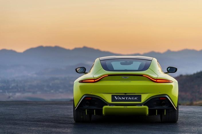 Changement radical pour l'Aston Martin Vantage