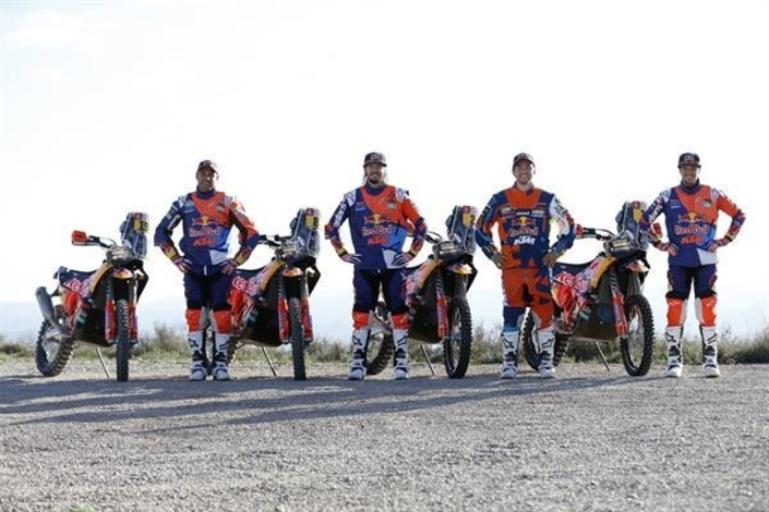 Dakar 2018: le team KTM Factory Racing se prépare
