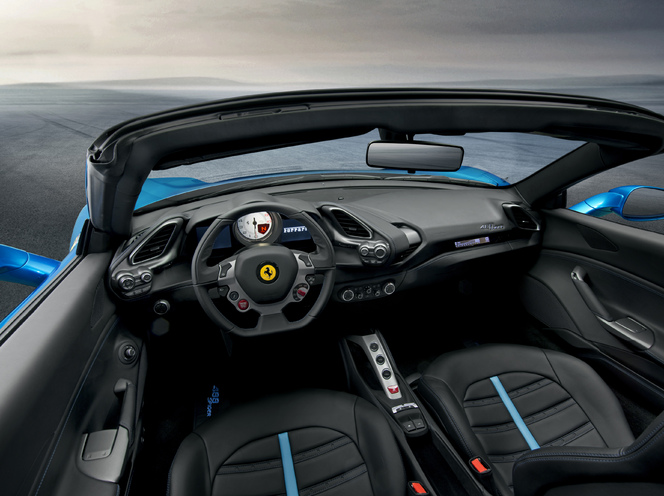 Salon de Francfort 2015 - Ferrari 488 Spider: Cannonball !