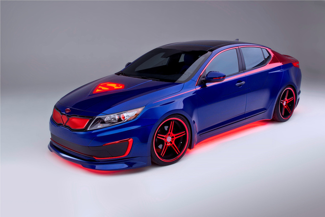 Chicago 2013 : la Kia Optima Hybrid Superman