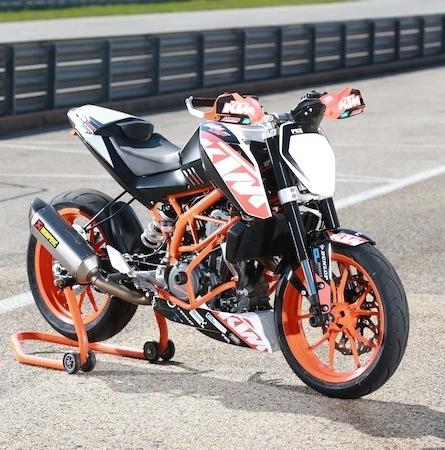 KTM 390 Duke Cup: entrainement à Alès