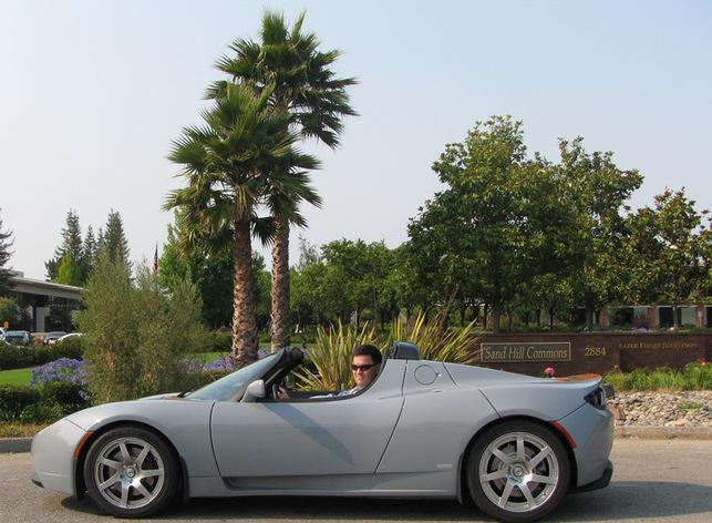 Martin Eberhard au volant de la Tesla Roadster électrique !