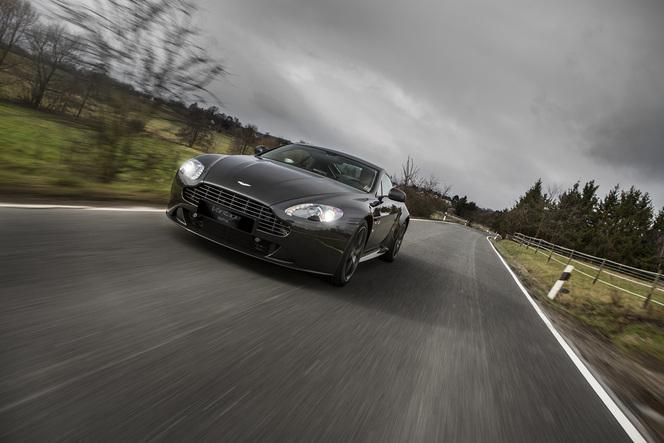 Aston Martin lance la SP10 pour célébrer ses victoires en GT4
