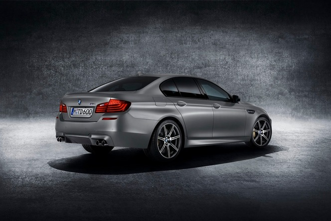 "BMW M5 ""30 years of M5"" : officielle"